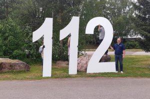 Äänekosken Paloaseman numerot tekovaiheessa irtokirjaimina, Numeroiden korkeus 3m.